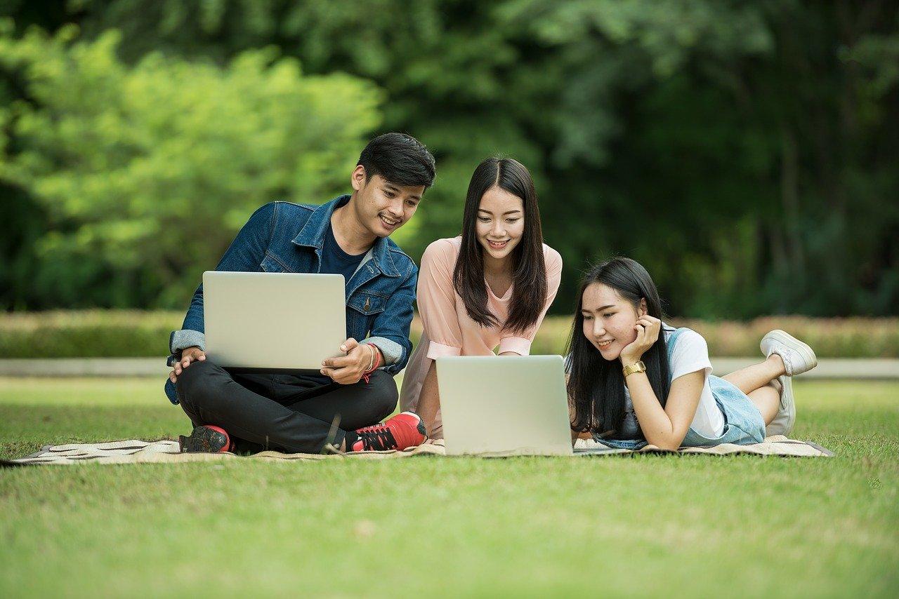 دانشجویان کانادا